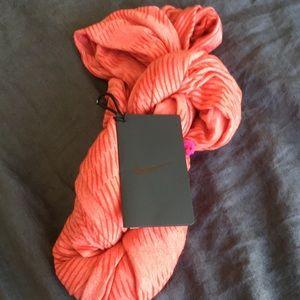 Nike athletic scarf